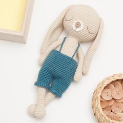 Meet a sweet blackberry bear! 🐻🍇🌸 Crochet pattern is coming ... | 240x240